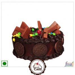 Chocolate Oreo Kitkat Cake
