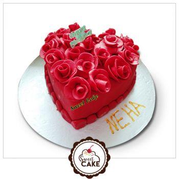Red fondant flower cake