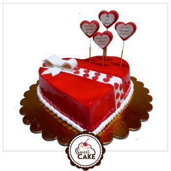 Love Special Valentine Cake